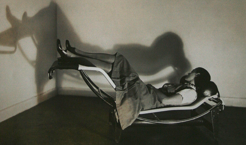 charlotte-perriand-chaise-800